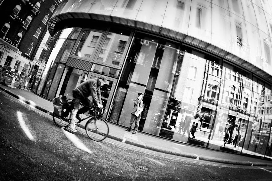 london31 London street photo
