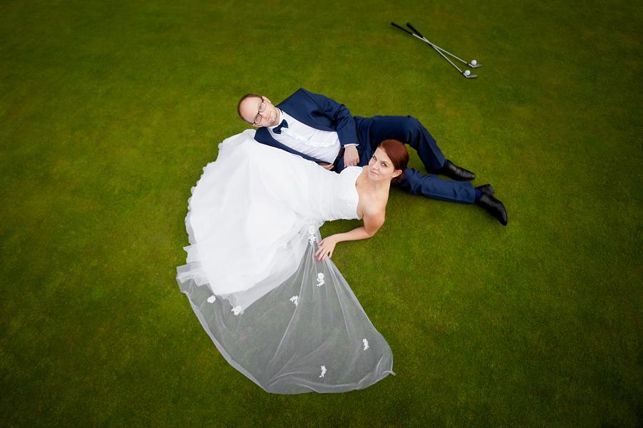plener na polu golfowym zapowiedz2 Plener ślubny Jagody i Sebastiana na polu golfowym   zapowiedź : )