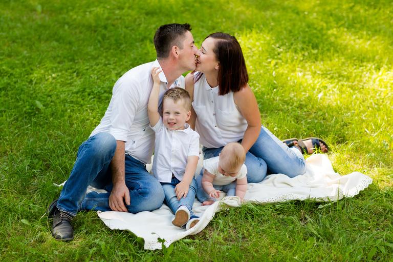 sesje rodzinne pszczyna 04(pp w768 h511) Radosna sesja rodzinna